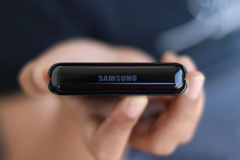 Das Galaxy Z Flip 2: Das faltbare Handy für jede Hosentasche